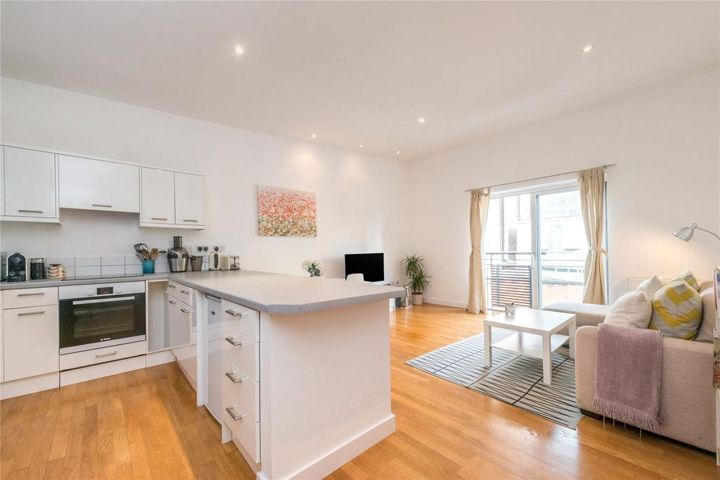 1 Bedroom Flat for sale in Shakespeare Terrace, Lower Richmond Road, Richmond, Surrey