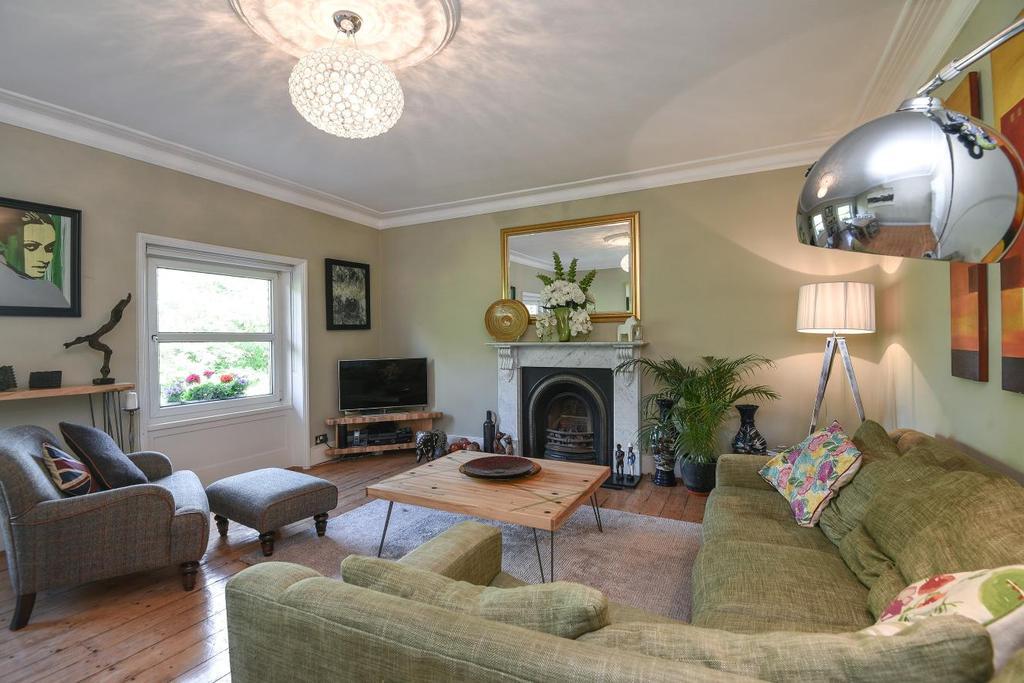 2 Bedrooms Flat for sale in Kidbrooke Park Road, Blackheath