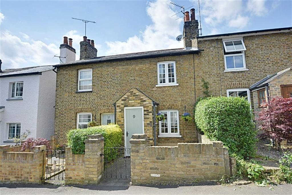 2 Bedrooms Terraced House for sale in Byde Street, Bengeo, Hertford, Herts, SG14