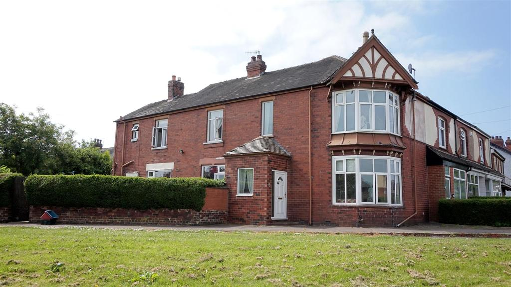 3 Bedrooms Terraced House for sale in Pitgreen Lane, Wolstanton, Newcastle, Staffs