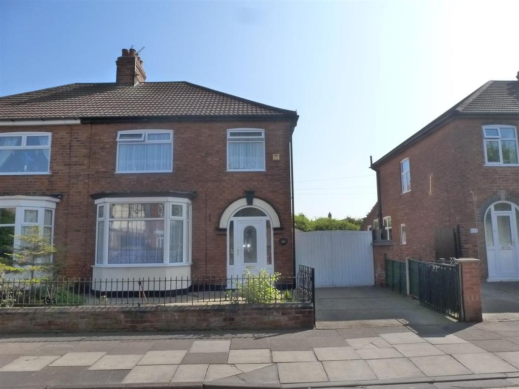3 Bedrooms Semi Detached House for sale in Brereton Avenue, Cleethorpes