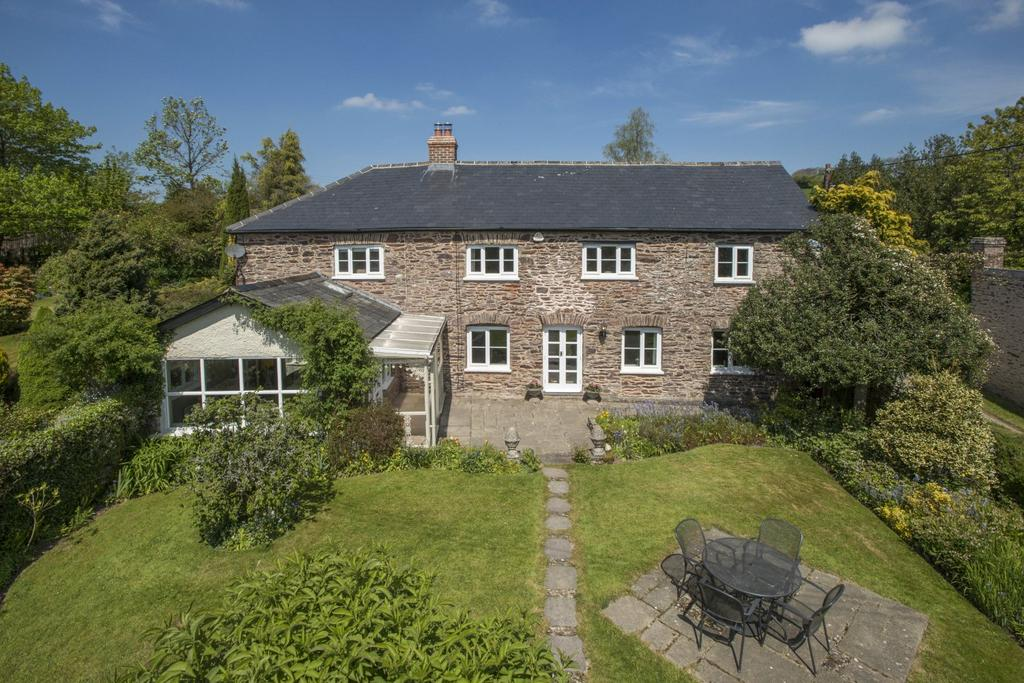 4 Bedrooms Detached House for sale in Skilgate, Taunton, Somerset, TA4