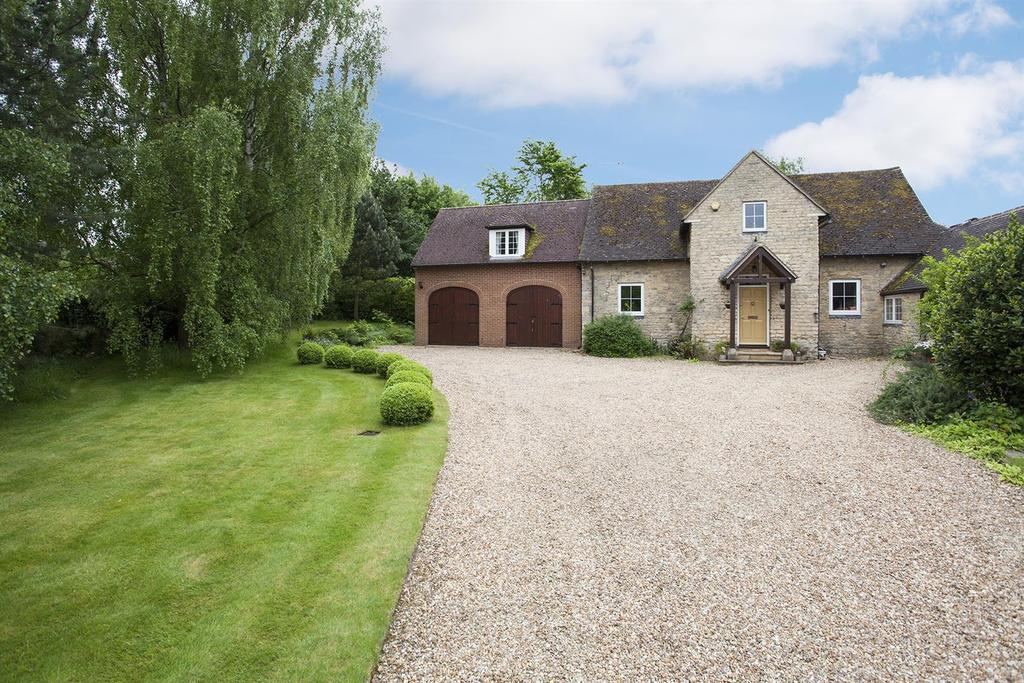4 Bedrooms House for sale in Church Lane, Emberton, Olney