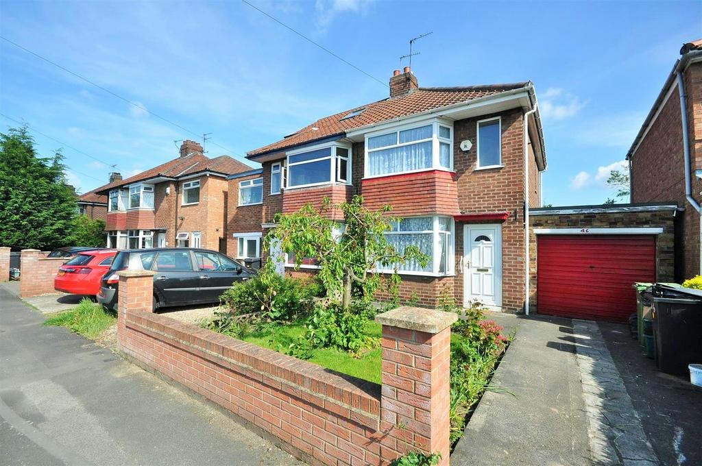 2 Bedrooms Semi Detached House for sale in Melton Avenue, Rawcliffe, York