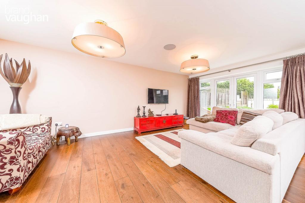 4 Bedrooms House for rent in Walesbeech Road, Saltdean, Brighton, BN2