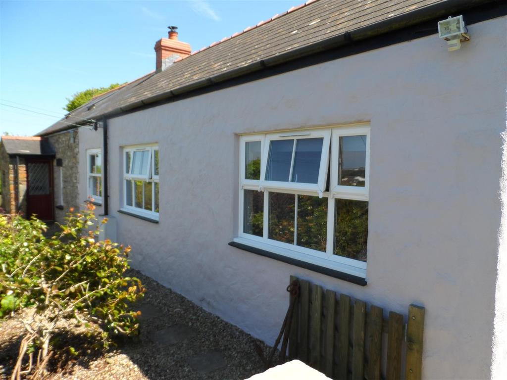 3 Bedrooms Cottage House for sale in Fishguard