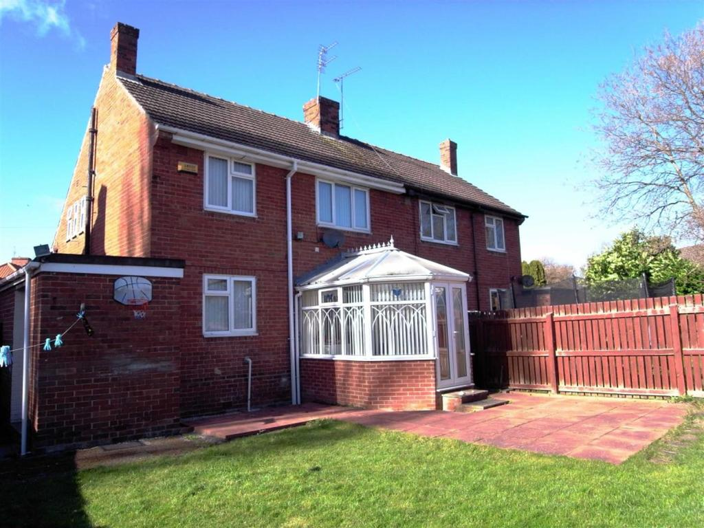 3 Bedrooms Semi Detached House for sale in Spring Court, Darlington