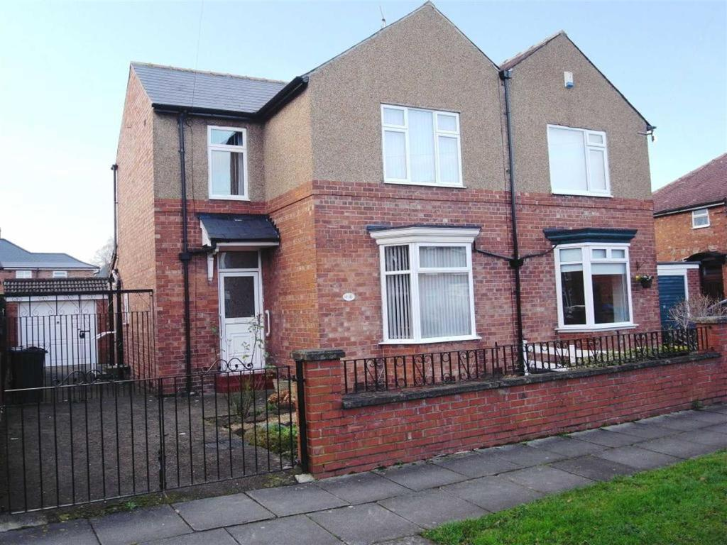 3 Bedrooms Semi Detached House for sale in Walworth Crescent, Darlington