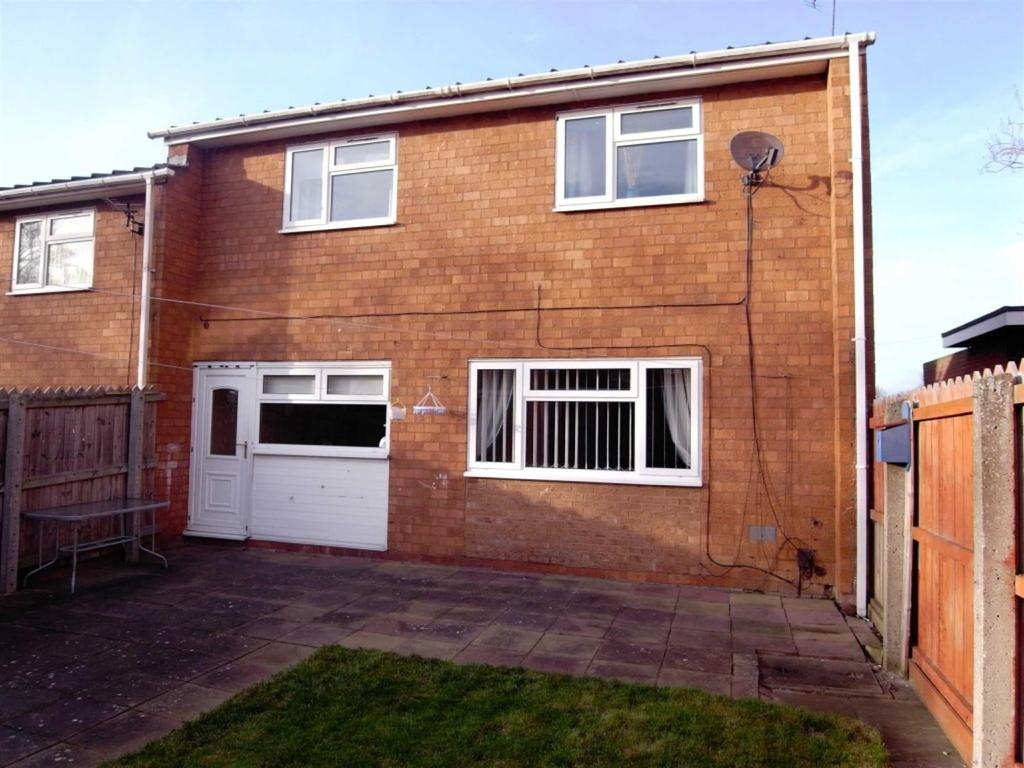 2 Bedrooms Terraced House for sale in Spring Hill, Darlington