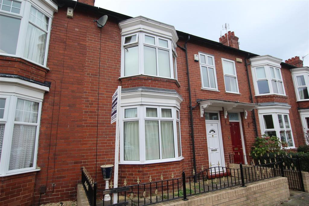 4 Bedrooms Town House for sale in Fife Road, Darlington
