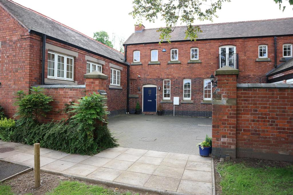 2 Bedrooms Mews House for sale in Clock Tower View, Stourbridge