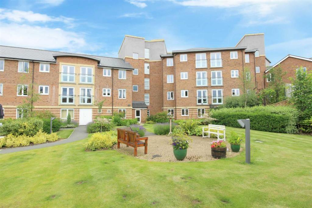 1 Bedroom Retirement Property for sale in Malpas Court, Northallerton