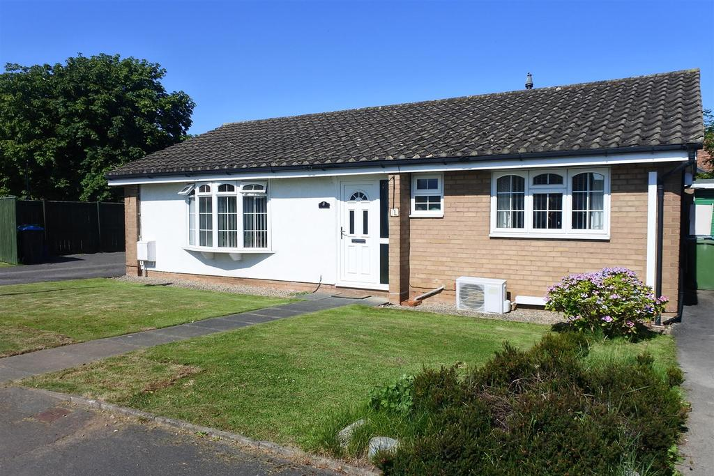 3 Bedrooms Detached Bungalow for sale in Green Acres, Morton On Swale