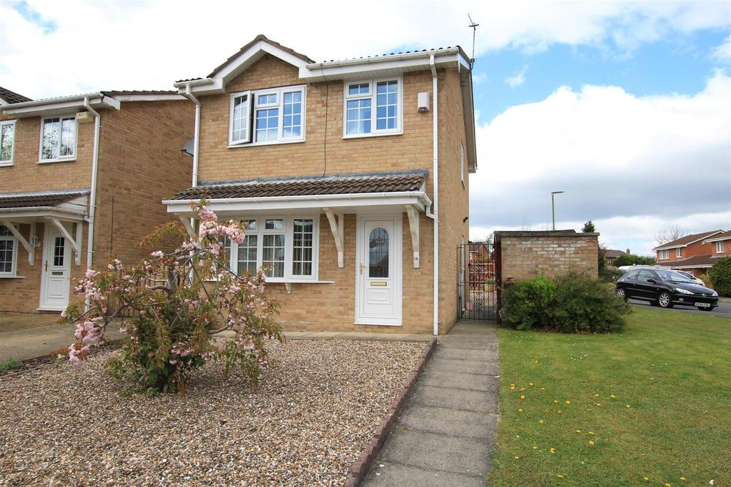 3 Bedrooms Detached House for sale in Kirkham Close, Woodham, Newton Aycliffe