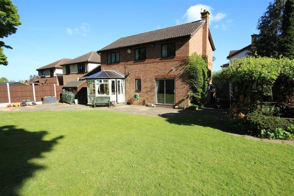 4 Bedrooms Detached House for sale in The Grange, Woodham