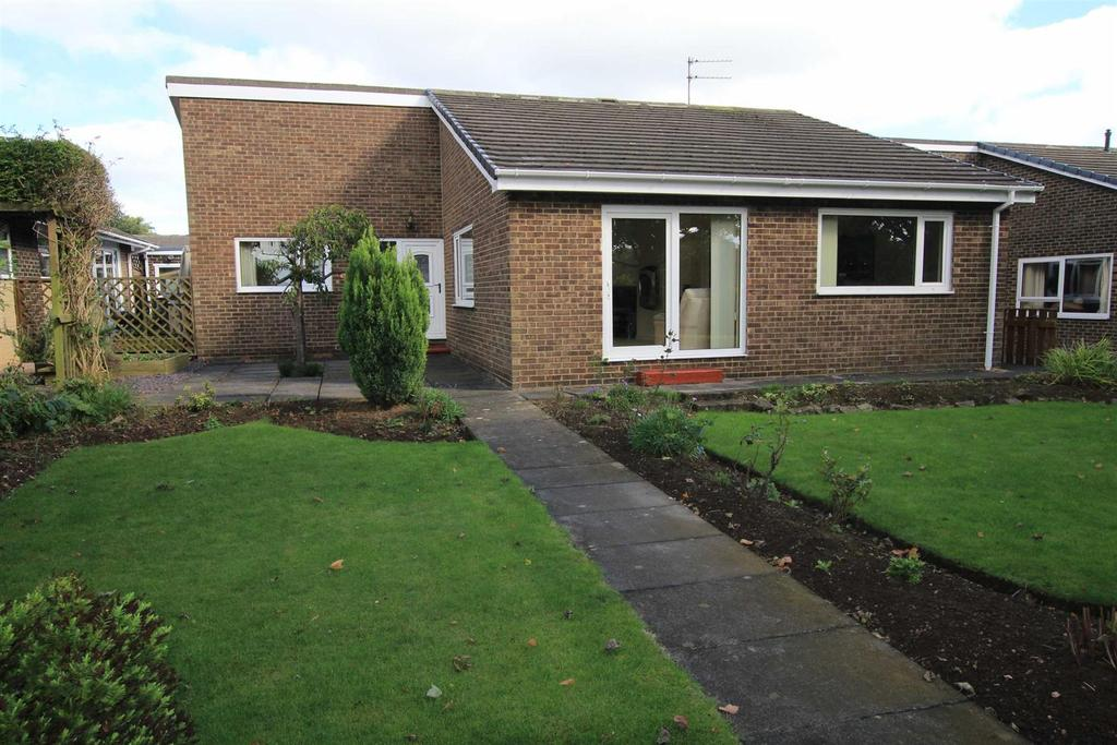 3 Bedrooms Detached Bungalow for sale in Eskdale Gardens, Shildon
