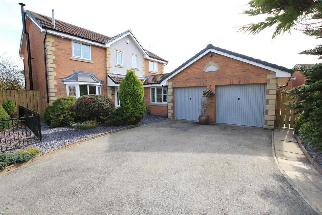 4 Bedrooms Detached House for sale in Wolveston Close, Newton Aycliffe