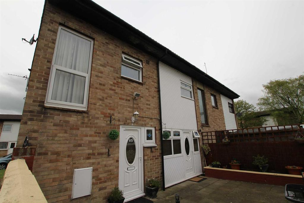 3 Bedrooms Semi Detached House for sale in Winterburn Place, Newton Aycliffe