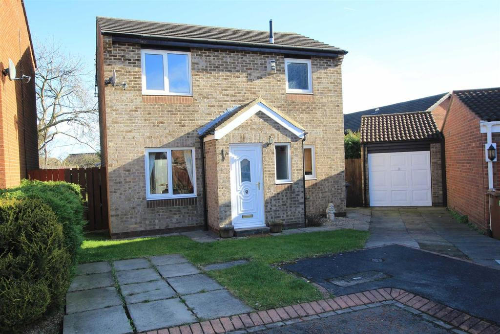 3 Bedrooms Detached House for sale in Fawn Close, Woodham, Newton Aycliffe