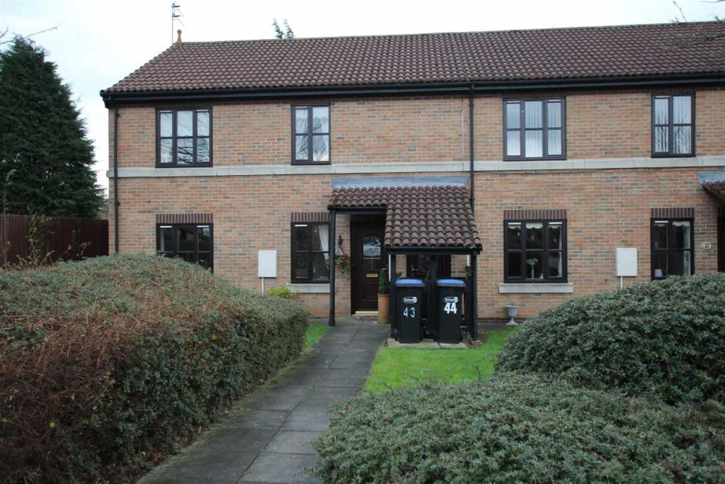 2 Bedrooms Apartment Flat for sale in Lyon Walk, Newton Aycliffe