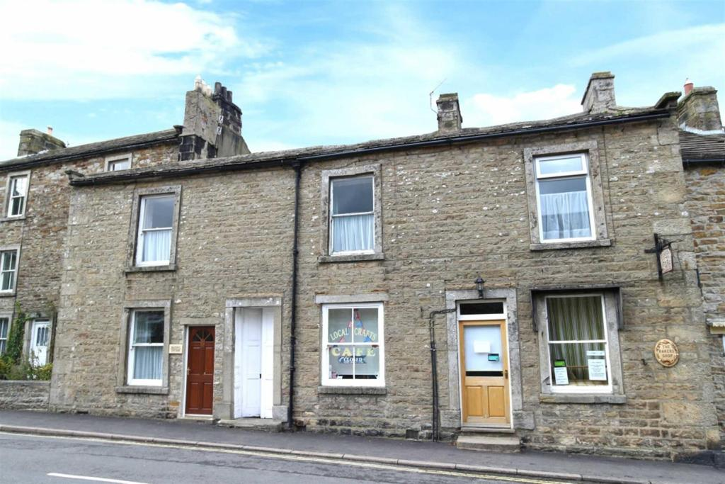 4 Bedrooms Terraced House for sale in Silver Street, Reeth, Richmond