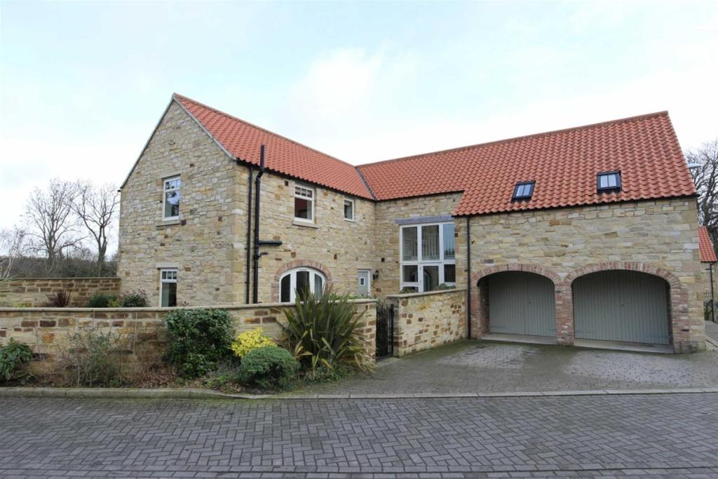 5 Bedrooms Detached House for sale in Dales View, Hudswell, Richmond
