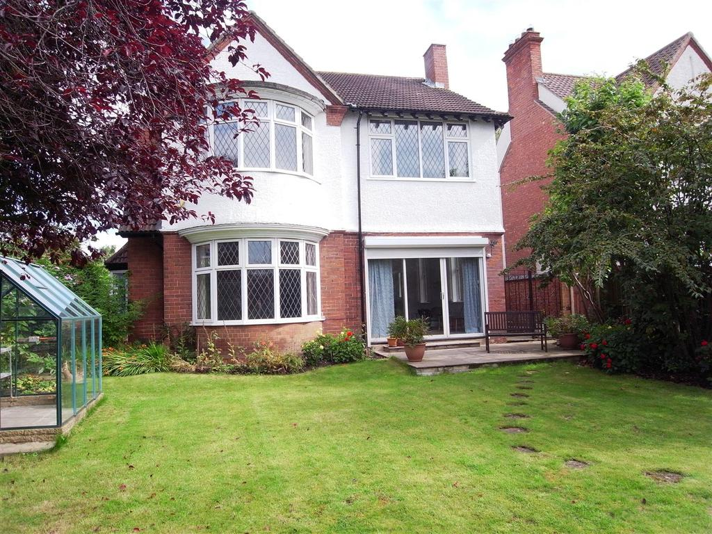 4 Bedrooms Detached House for sale in Pierremont Drive, Darlington