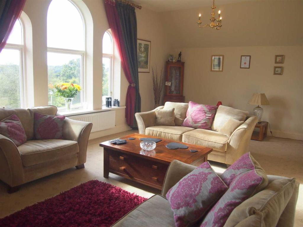 4 Bedrooms Terraced House for sale in The Front, Middleton One Row, Darlington