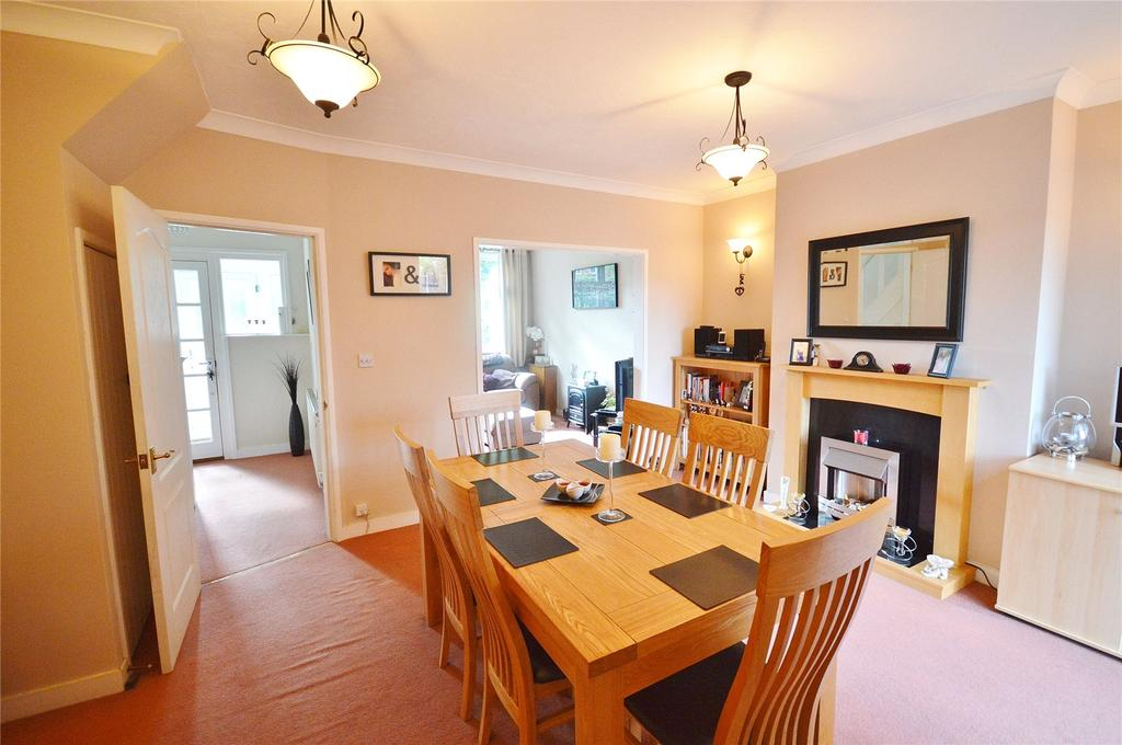 3 Bedrooms Terraced House for sale in Austin Villas, Woodside Road, Garston, Hertfordshire, WD25