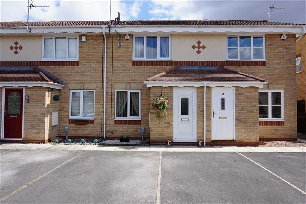 2 Bedrooms Terraced House for sale in Chapel Close, Hessle, Hessle, HU13