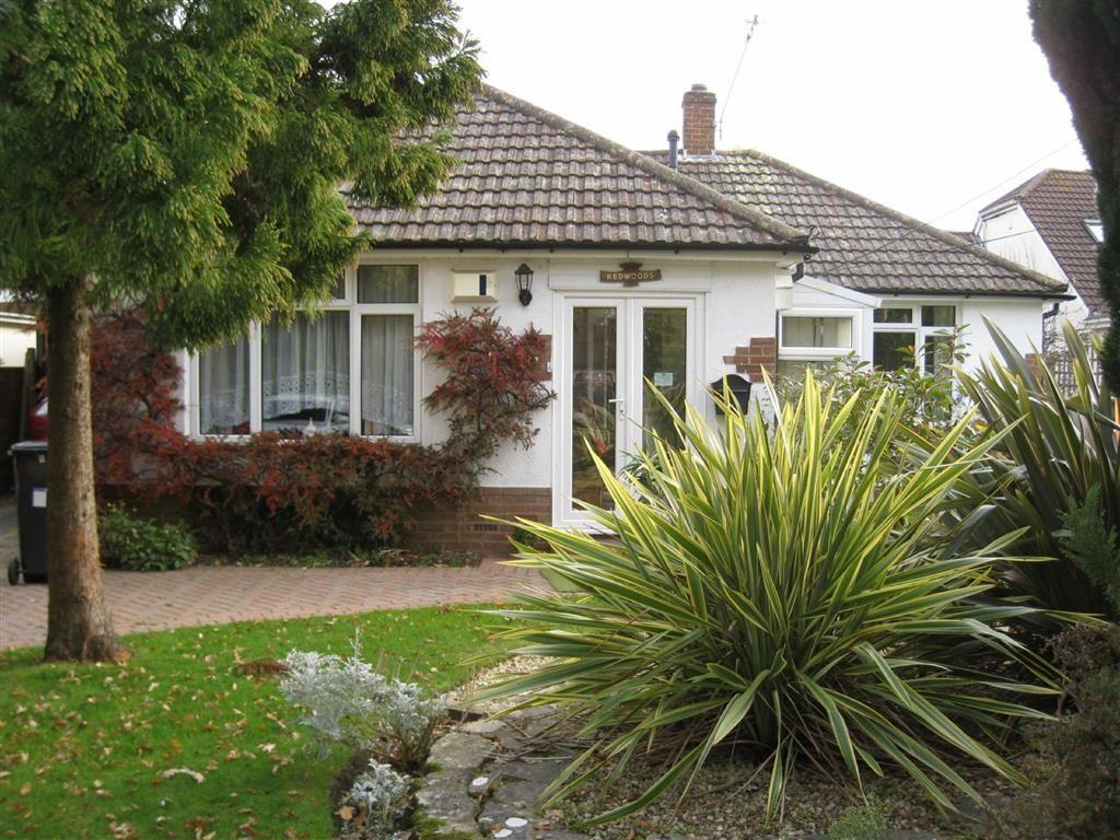 3 Bedrooms Detached Bungalow for sale in Wheelers Lane, Bournemouth, Dorset