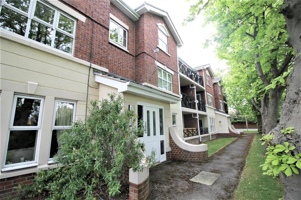 2 Bedrooms Flat for sale in Bayberry Mews, Middlesbrough