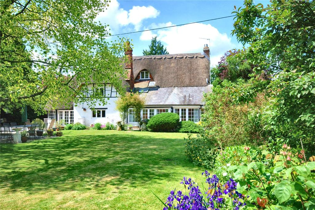 4 Bedrooms House for sale in Salisbury Road, Breamore, Fordingbridge, Hampshire, SP6