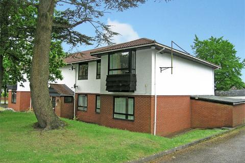 2 bedroom flat to rent - Werngoch Road, Cyncoed, Cardiff