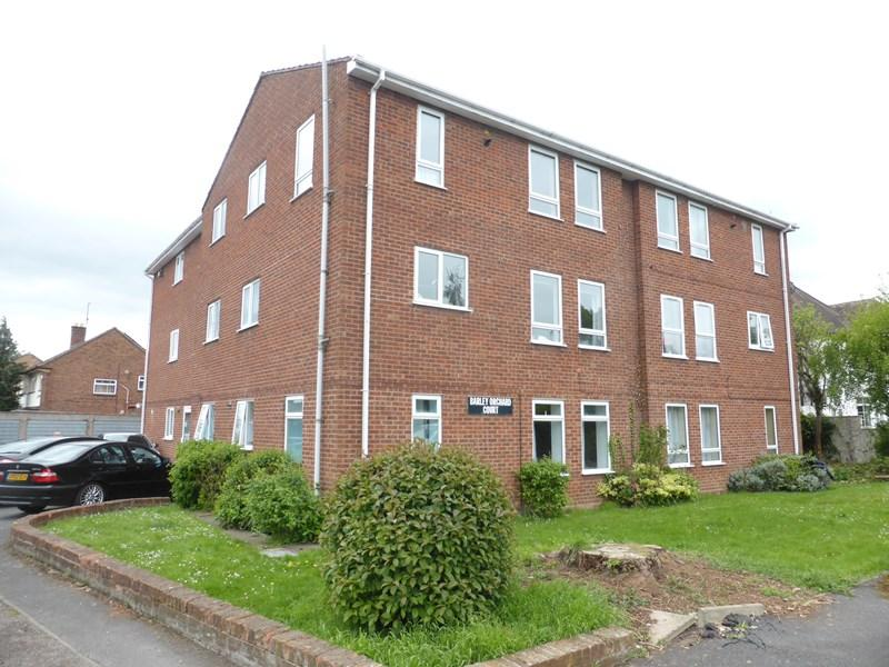 2 Bedrooms Flat for sale in Church Street, Evesham