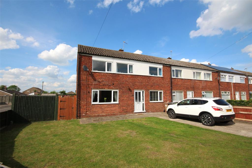 3 Bedrooms Semi Detached House for sale in Sandra Crescent, Washingborough, LN4