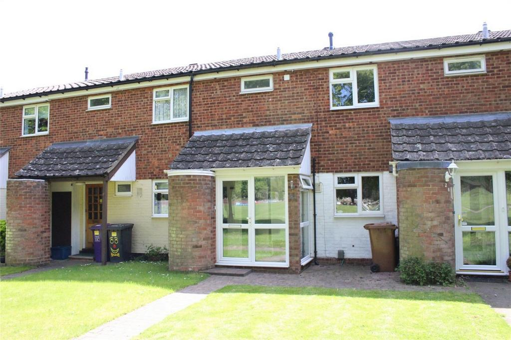 3 Bedrooms Terraced House for sale in Eynsford Court, Hitchin, Hertfordshire