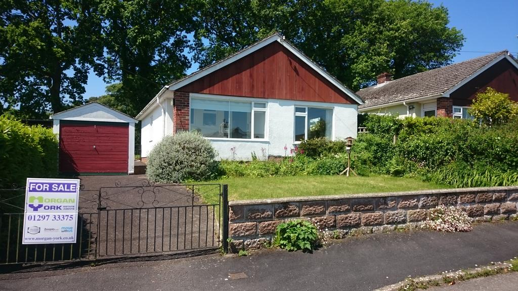 2 Bedrooms Detached Bungalow for sale in Holme Lea, Wellmead, Kilmington