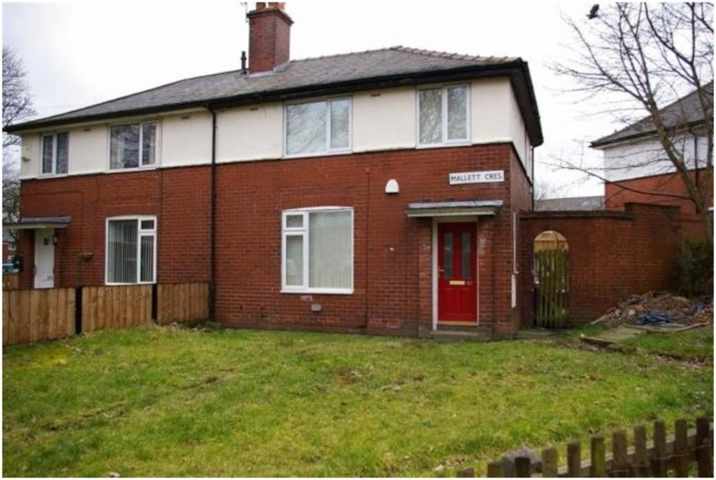 3 Bedrooms Semi Detached House for sale in Mallett Crescent, Bolton