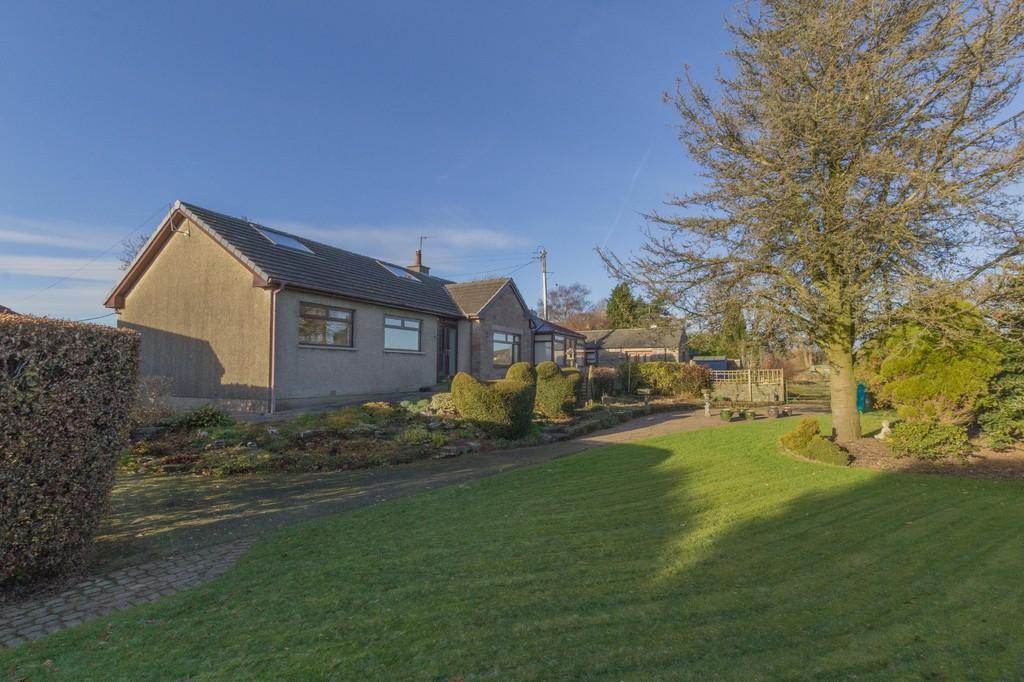 3 Bedrooms Detached Bungalow for sale in Glenbrook, Helsington, Kendal