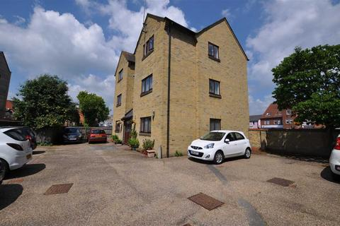 2 bedroom flat to rent - Mildmay Road, Chelmsford