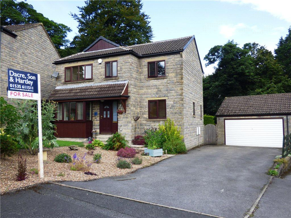 4 Bedrooms Detached House for sale in Woodside, Keighley, West Yorkshire