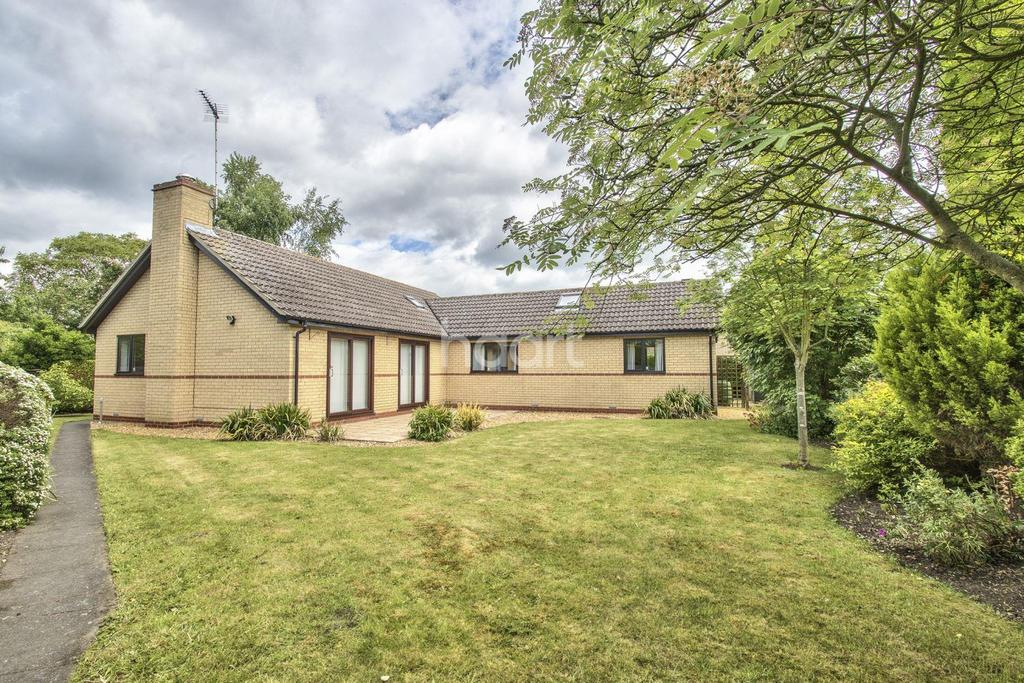 4 Bedrooms Bungalow for sale in Wellington Close, Waterbeach