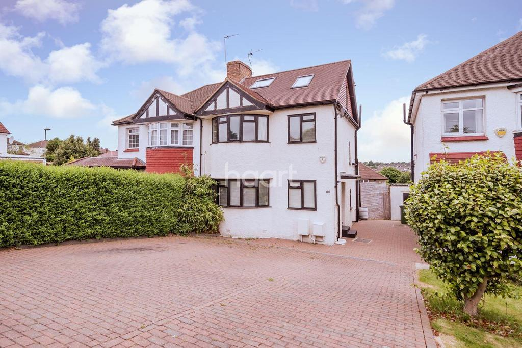 4 Bedrooms Semi Detached House for sale in Gallants Farm Road, East Barnet, EN4