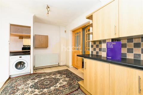 3 bedroom house to rent - Derwant Drive
