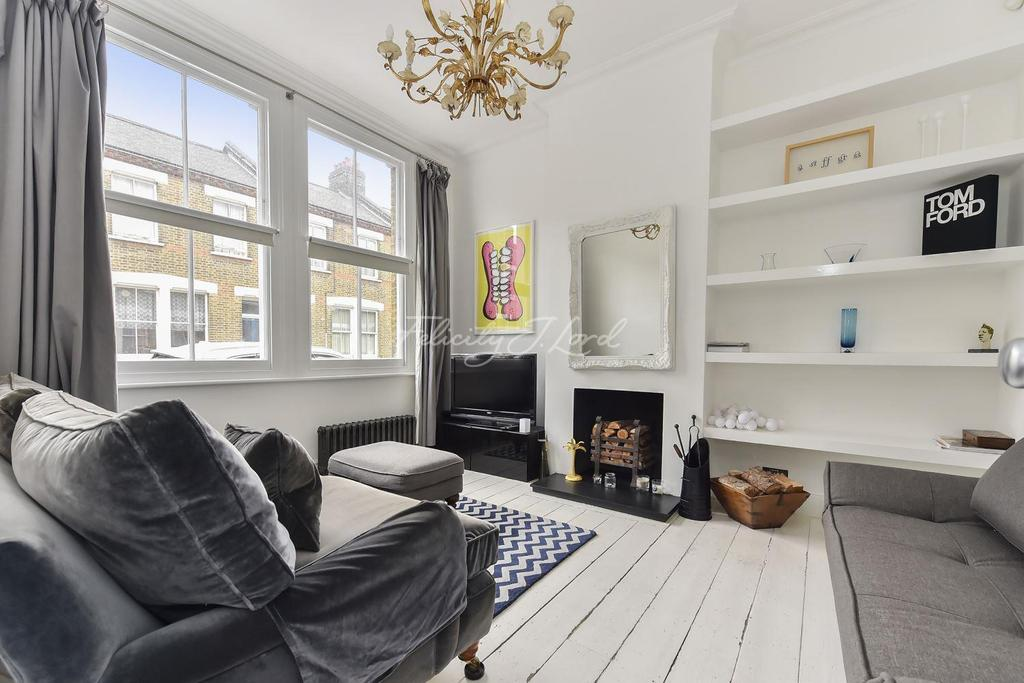 3 Bedrooms Terraced House for sale in Senrab Street, Stepney, E1