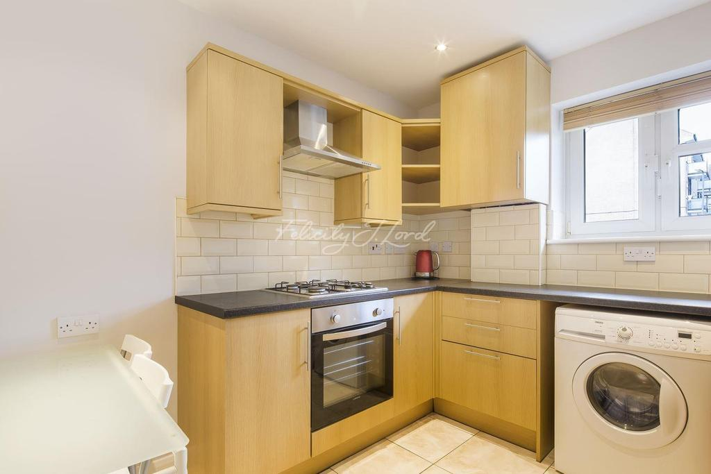 2 Bedrooms Flat for sale in Brook Lane