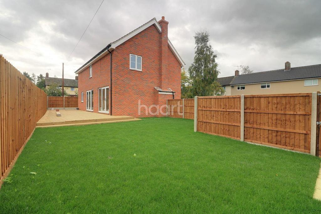 4 Bedrooms Detached House for sale in Bradenham, Thetford