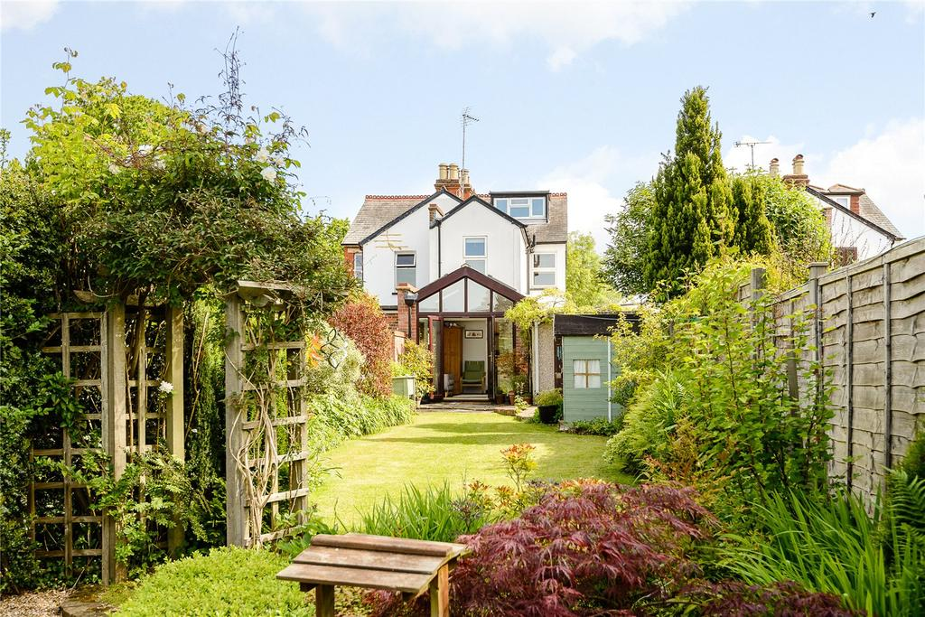4 Bedrooms Semi Detached House for sale in Updown Hill, Windlesham, Surrey