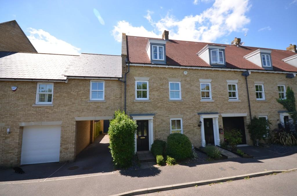 5 Bedrooms Terraced House for sale in Stainer Close, Witham
